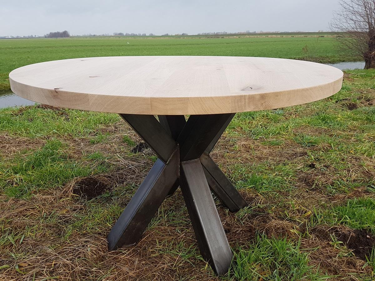 Ronde Massief Houten Tafel.Tafels Op Maat Stel Jouw Ideale Eettafel Samen De Houtfabriek